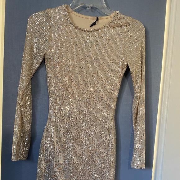 "NWT ""Shine like the night sequin dress"" XS"